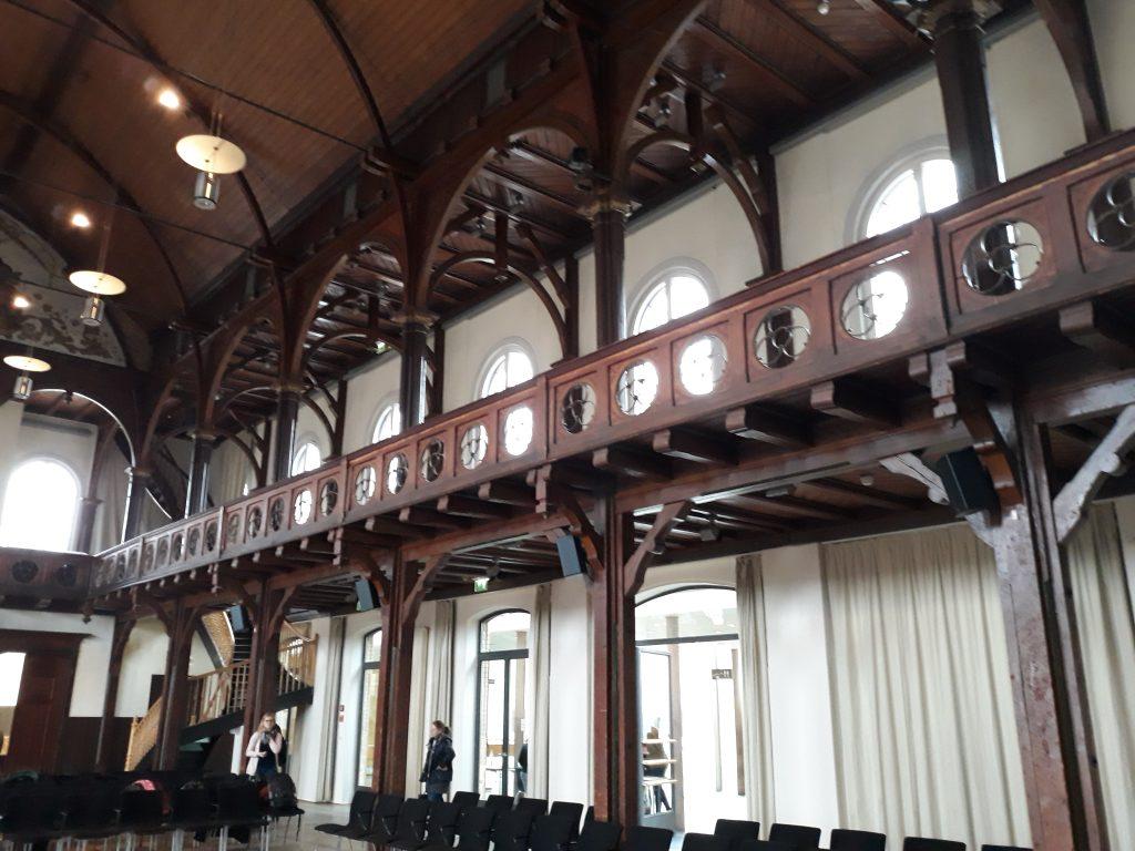 Festhalle Rottenburg innen